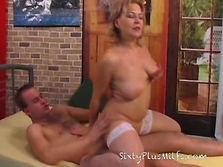 Real old mature slut gets fucked