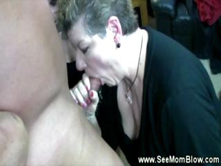 GILF teaching young how to give a bj