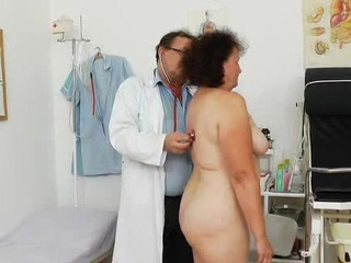 Get laid tunnel examination plus the basty grandmother