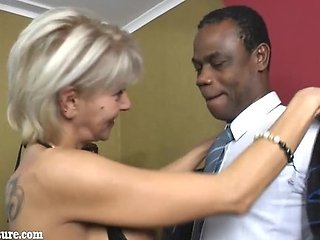 Topless granny suck black dick
