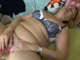 Chubby fat old Granma and mature woman masrturbated