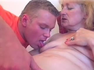 Golden-haired milf's sexy cookie licked to orgasm
