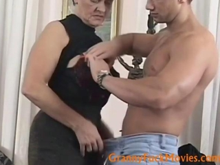 Experienced granny Maria exposes her dirty side