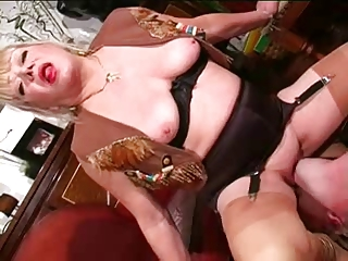 Hot Mature Domme Worship
